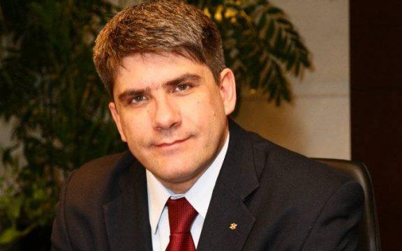 """""""Não há uma competição, mas uma cooperação com startups e fintechs"""", diz presidente da Alelo"""