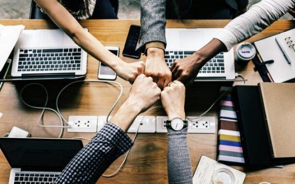 Veja as líderes em ações com startups