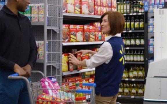 robô em loja do Walmart