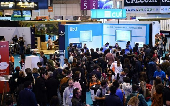 Startups brasileiras buscam o mundo no Web Summit