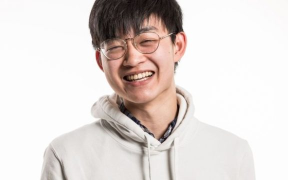 "Garoto de 18 anos vence ""Copa do Mundo"" de startups"