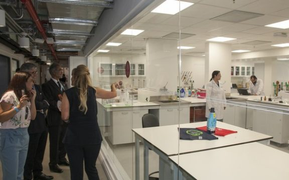 P&G inaugura no Brasil espaço 100% dedicado à inovação